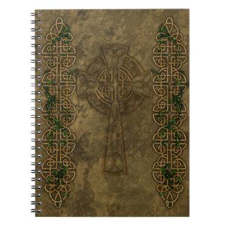 Croix celtique et noeuds celtiques carnet à spirale