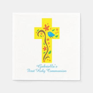 Croix décorative jaune avec la serviette de serviette jetable