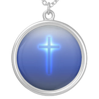Croix religieuse rougeoyante collier