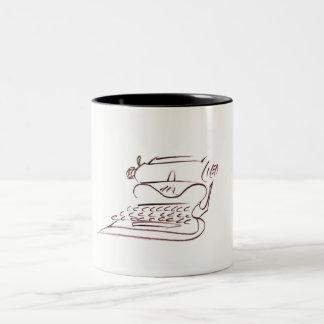Croquis vintage de machine à écrire, rouille, tasse 2 couleurs