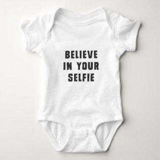 Croyez en votre selfie t-shirts