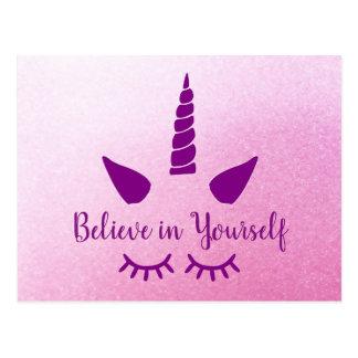 Croyez en vous-même la carte postale pourpre rose