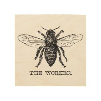 Cru de bourdon d'abeille de travailleur de art mural sur bois