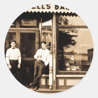 Cru du salon de coiffure de Bell americana Sticker Rond