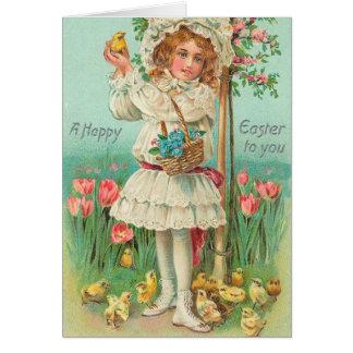 Cru heureux de fille de Pâques Cartes De Vœux