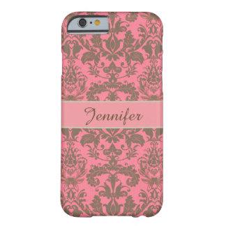 Cru, rouge de violette pâle et nom brun de damassé coque barely there iPhone 6