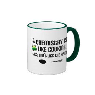 Cuisine de chimie mug ringer
