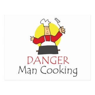 Cuisine d'homme de danger carte postale