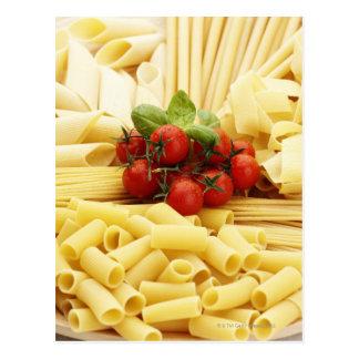 Cuisine italienne. Pâtes et tomates Carte Postale