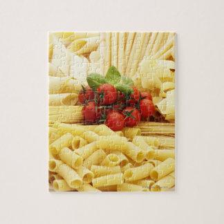 Cuisine italienne. Pâtes et tomates Puzzle