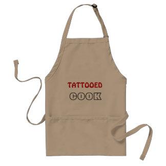Cuisinier tatoué tablier