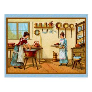 Cuisiniers de cru dans la cuisine carte postale