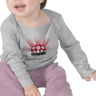 Cultivez le champignon rouge Powerup T-shirts