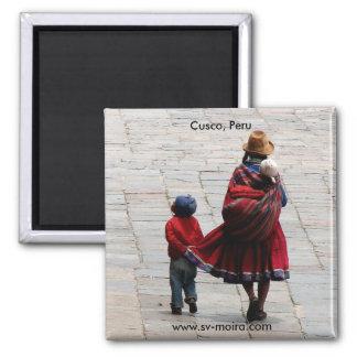 Cusco, le Pérou, mère et enfants Magnet Carré