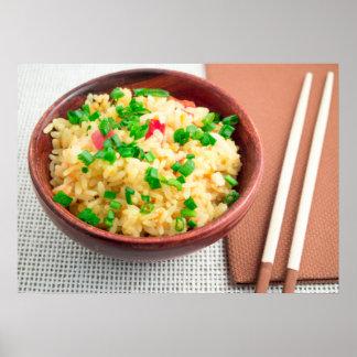 Cuvette de Brown avec une partie de riz cuit Poster
