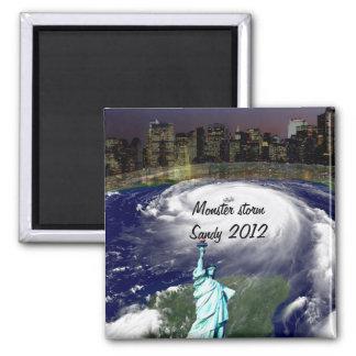 Cyclone superbe Sandy 2012, oeil du storm_ Magnet Carré