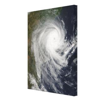 Cyclone tropical Favio au-dessus de la Mozambique Toiles