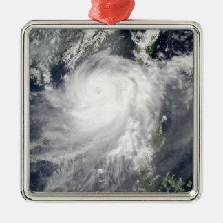 Cyclone tropical Linfa Ornement Carré Argenté