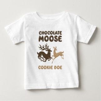Daine de biscuit d'orignaux de chocolat t-shirt pour bébé