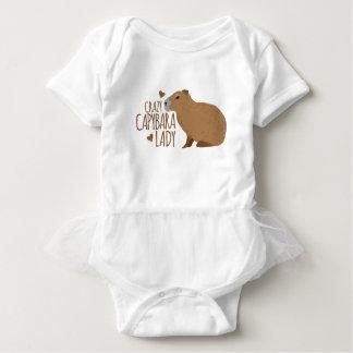 dame folle de capybara body