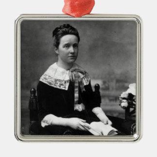 Dame Millicent Fawcett, c.1880 Ornement Carré Argenté