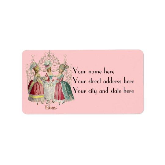 Dames de Marie Antoinette dans les étiquettes de