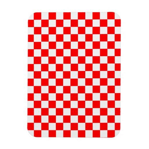 Damier classique rouge et blanc magnets en vinyle zazzle - Carrelage damier rouge et blanc ...