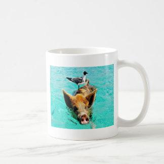 D'amusement fis de mouette de porc de natation de mug