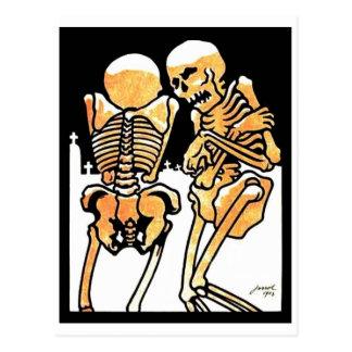 Dans la carte postale froide de squelettes