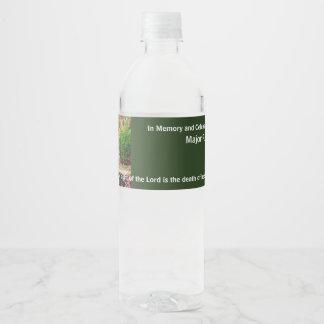 Dans la mémoire de la célébration funèbre étiquette pour bouteilles d'eau