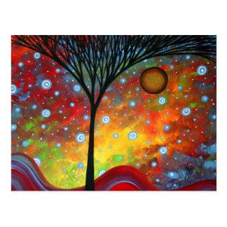 Dans l'ombre de la carte postale d'arbres