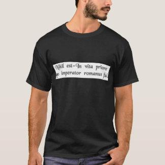 Dans une vie précédente j'étais un empereur romain t-shirt