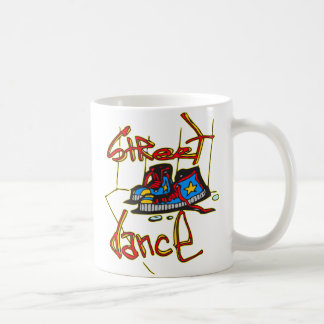 Danse et chaussures de rue tasse à café