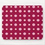 Danse fabriquée à la main de polka ensoleillée tapis de souris