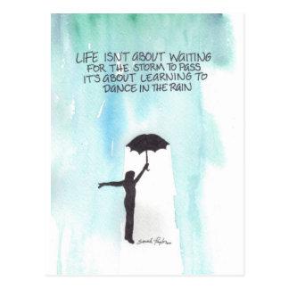 Danse sous la pluie carte postale