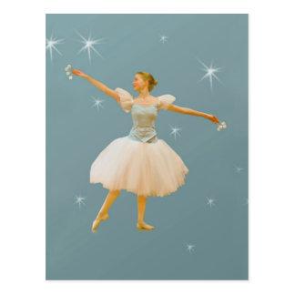 Danseur classique avec la carte postale de castagn