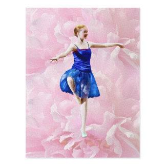 Danseur classique sur la carte postale de rose de