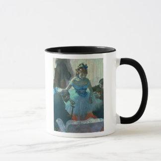 Danseur d'Edgar Degas | dans son vestiaire Mugs