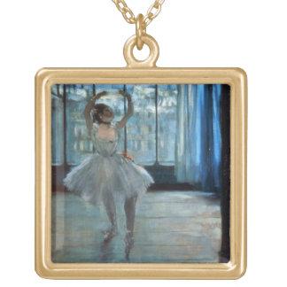 Danseur d'Edgar Degas | devant une fenêtre Pendentif Carré