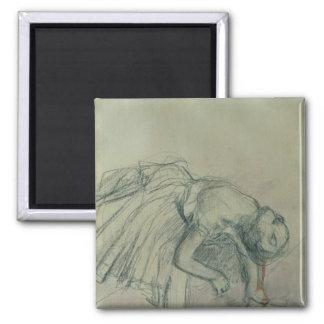 Danseur d'Edgar Degas   fixant sa pantoufle, Aimant