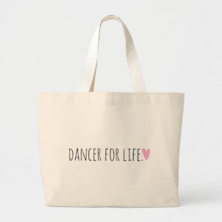 Danseur pendant la vie avec le coeur grand sac