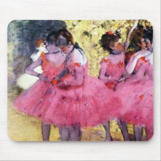 Danseurs dans le rose tapis de souris