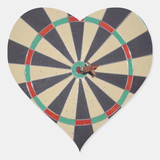 Dart_Board, _Red_Dart, _Bulls_Eye, _Sticker. Autocollant En Cœur