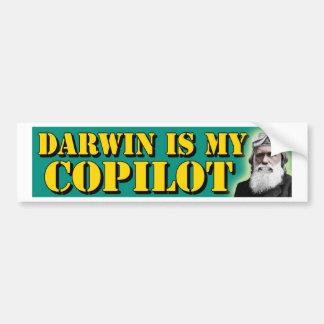 Darwin est mon co-pilote autocollant de voiture