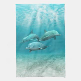 Dauphins de natation linges de cuisine
