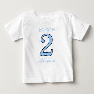 De 2 ans d'anniversaire de garçon cool trop pour t-shirt pour bébé