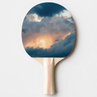 de nouveau à l'exposition tôt raquette de ping pong