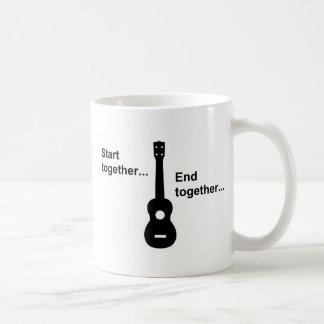 Début d'ukulélé ensemble… mug