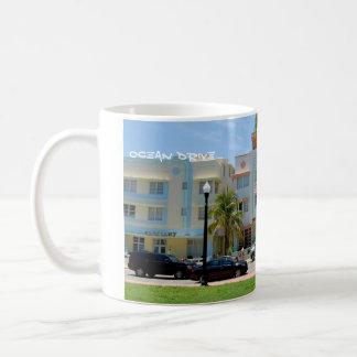 deco Miami Mug
