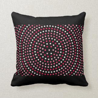 Décor blanc rose rouge de carreau de noir de point coussins carrés